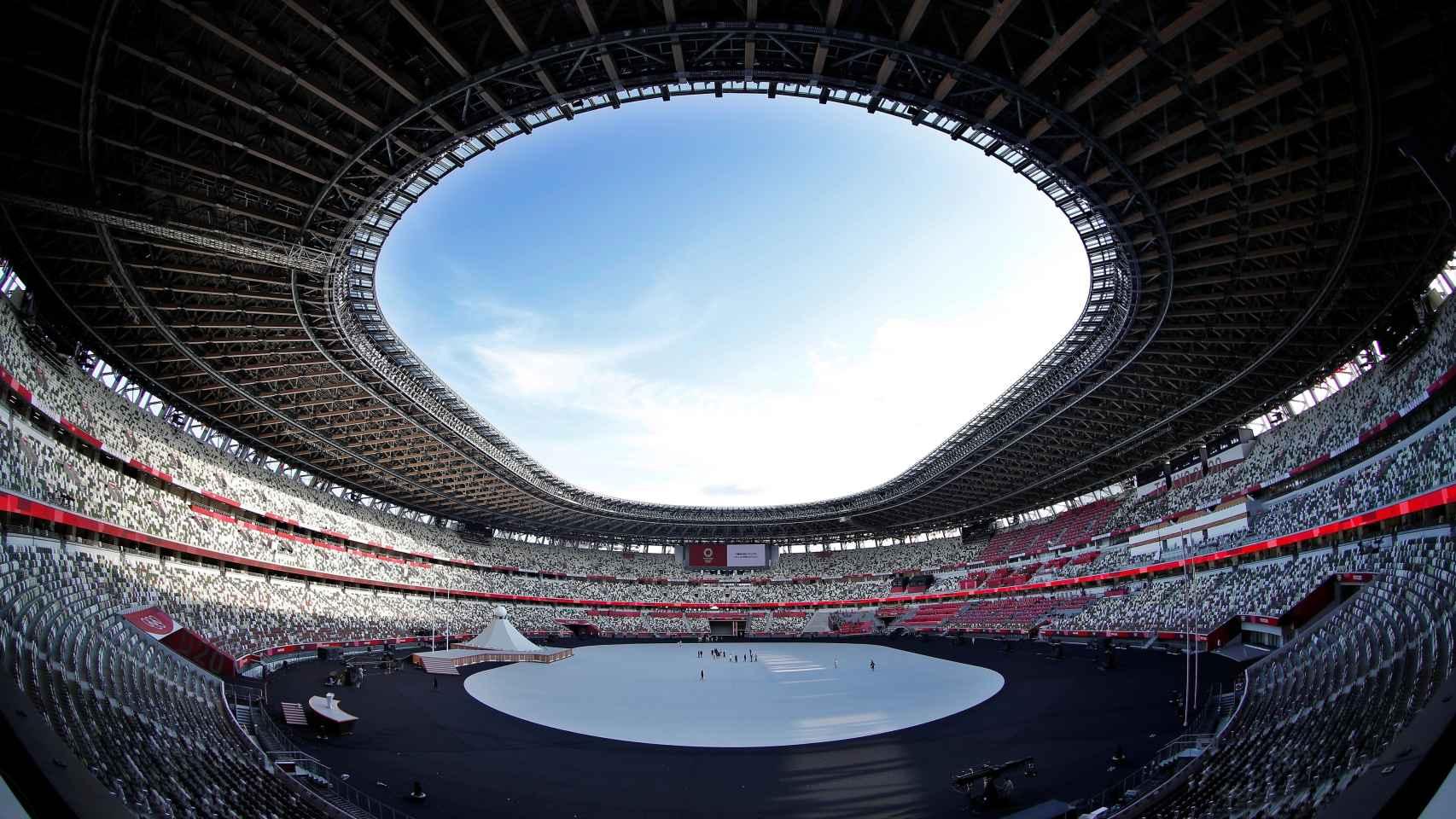 El Estadio Nacional de Tokio antes de la ceremonia de inauguración