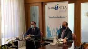 El presidente de Garàntia, Javier González de Lara y el director, José María Vera