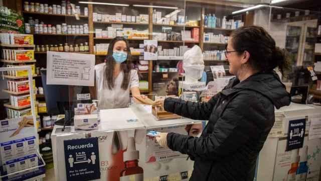 Una imagen de archivo en una farmacia.