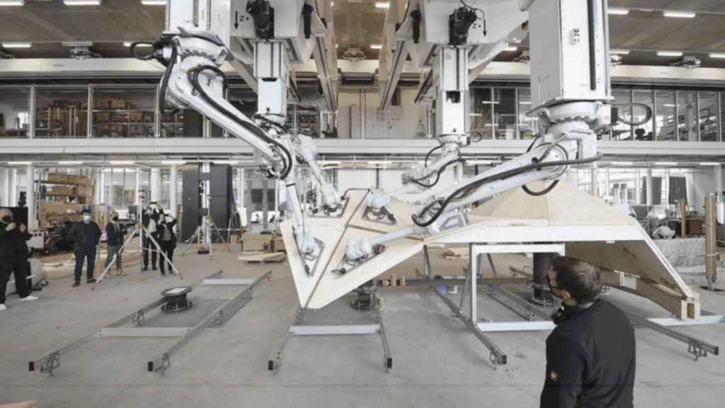 Intrinsic, lo último de Alphabet para que cualquiera pueda usar robots