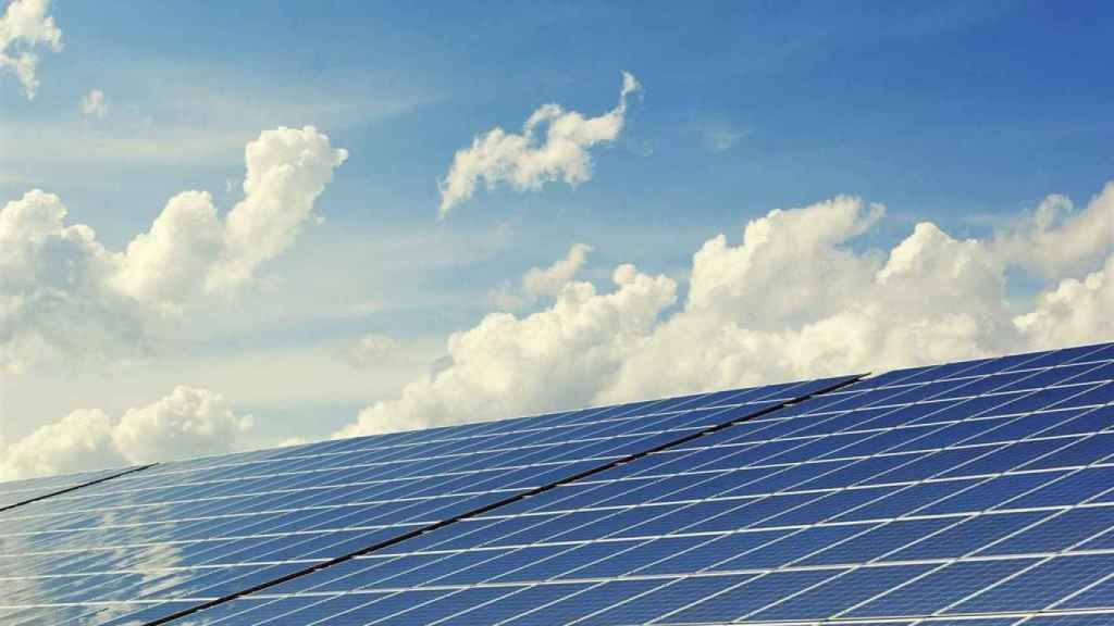 Imagen de archivo de unas placas fotovoltaicas