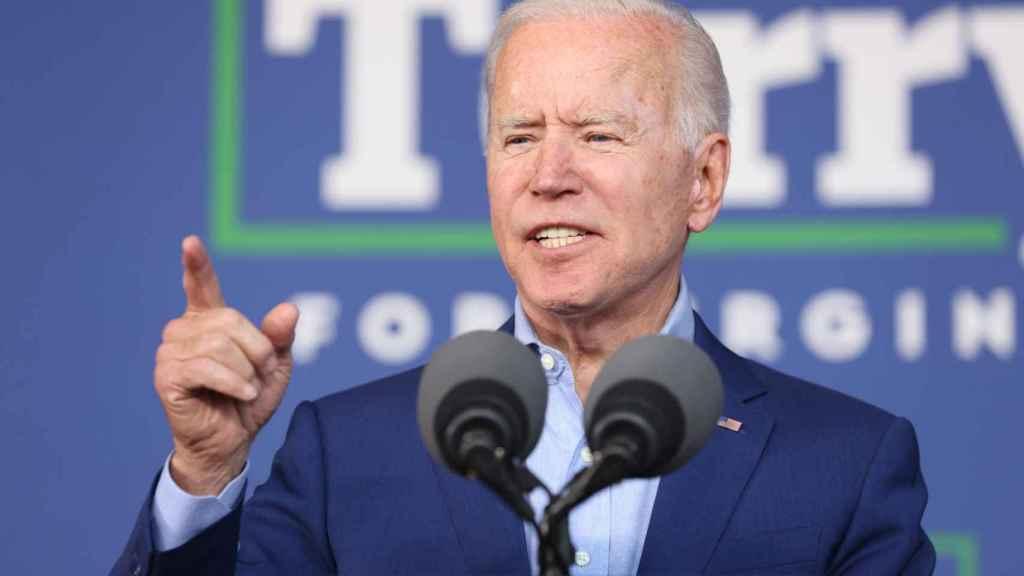 Joe Biden durante un discurso en Arlington, Virginia, Estados Unidos.