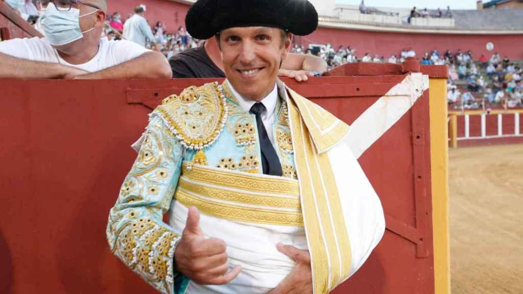 Manuel Díaz 'El Cordobés', momentos antes de entrar a la plaza de Fuengirola.