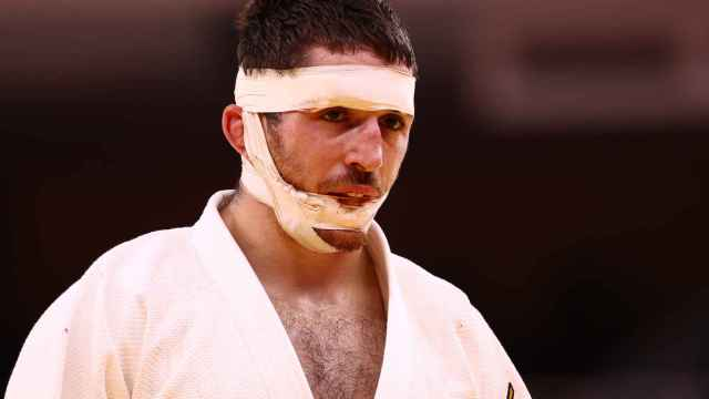 Las imágenes de la jornada del 25 de julio de los JJOO: así le quedó la cara a Alberto Gaitero tras su terrible combate de judo