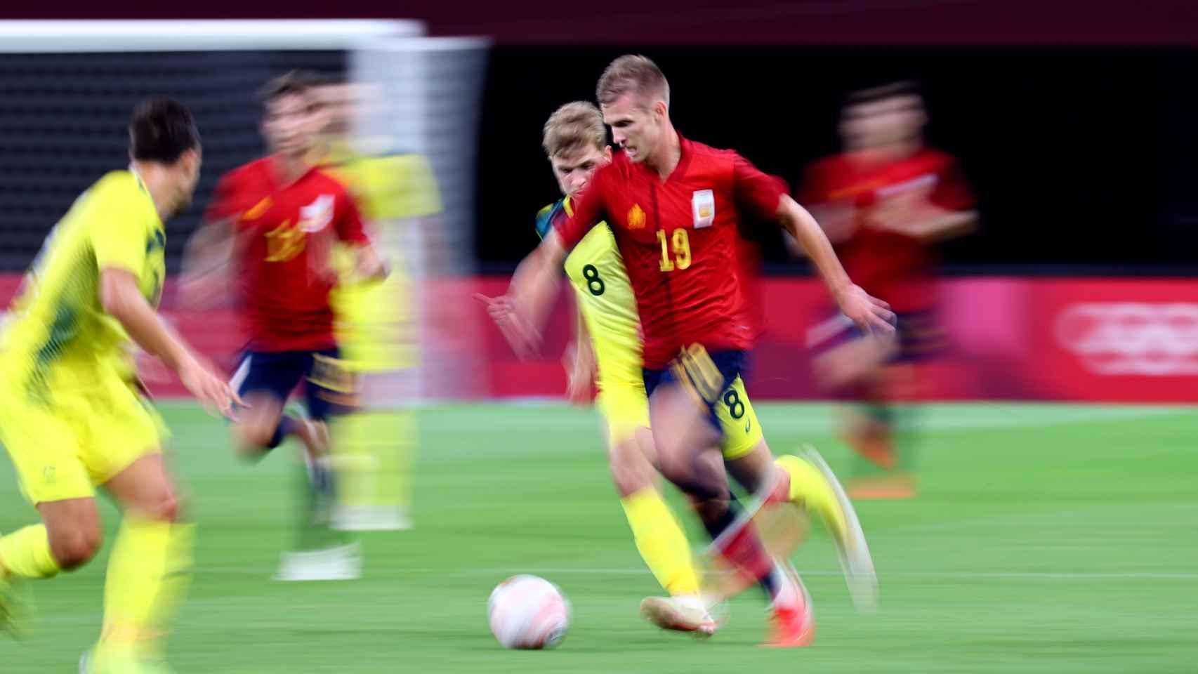 Dani Olmo, durante el Australia - España de los Juegos Olímpicos