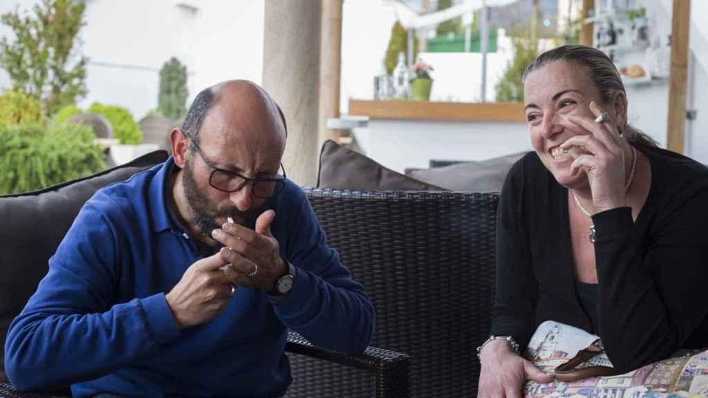 Ginés, con su mujer, en una entrevista concedida a El Español