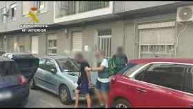 Uno de los detenidos por la Guardia Civil.