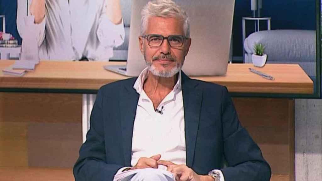 Agustín Bravo ha sustituido a Inés Ballester al frente de 'Está pasando'.