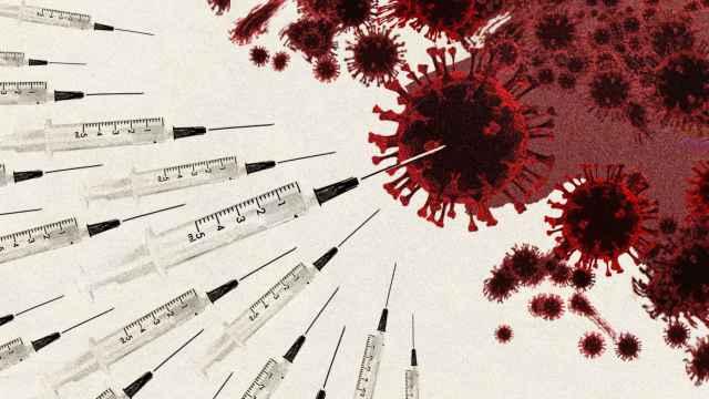 La vacunación en masa comienza a doblegar a la quinta ola de la Covid.