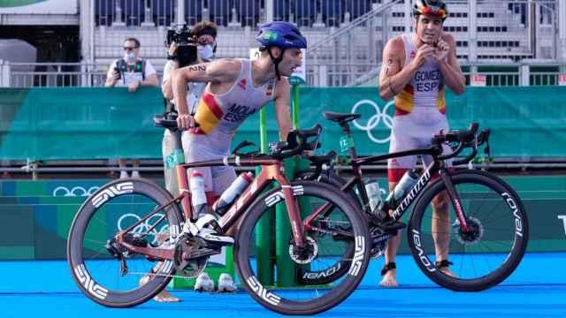 Mario Mola y Javier Gómez Noya en las pruebas de triatlón de los JJOO de Tokio 2020