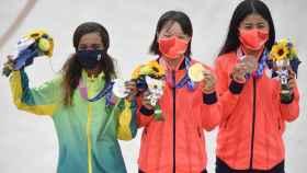 Rayssa Leal, Momiji Nishiya y Funa Nakayama, podio más joven de la historia de los Juegos Olímpicos