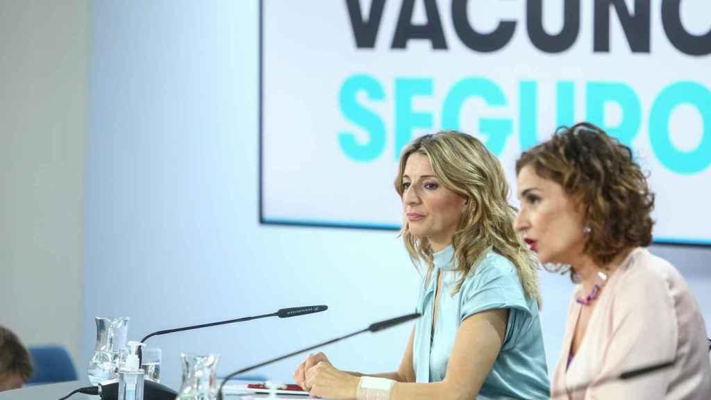 Yolanda Díaz, vicepresidenta segunda, y María Jesús Montero, ministra de Hacienda.