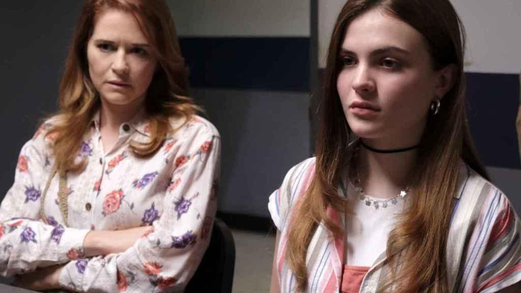 Sara Drew y Chiara Aurelia en 'Cruel Summer'.