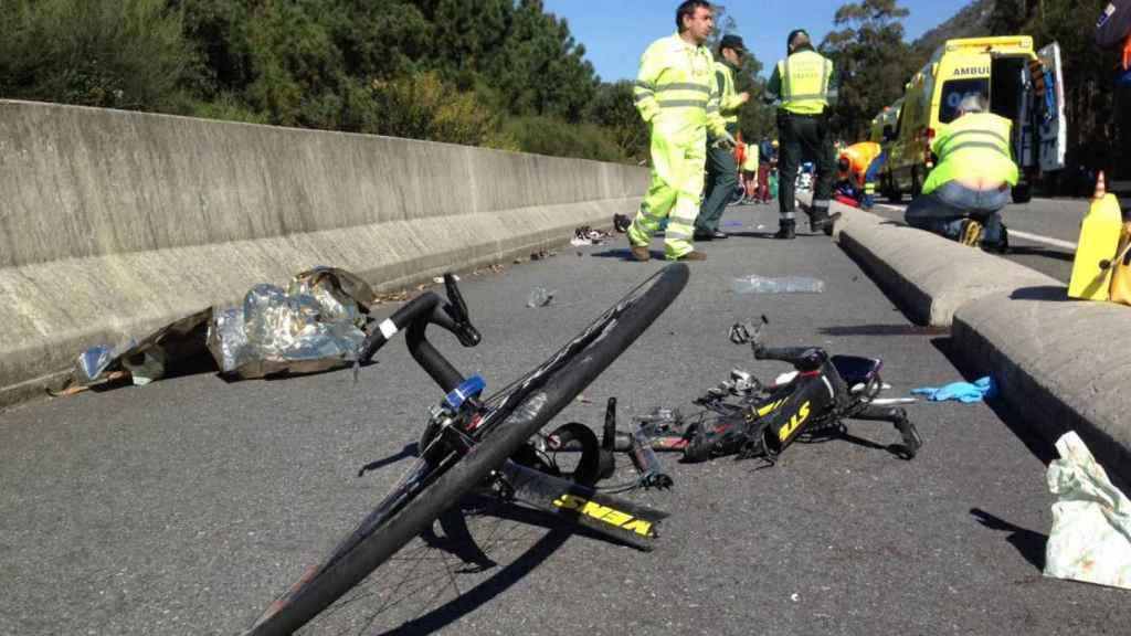 Imagen de un atropello a varios ciclistas.