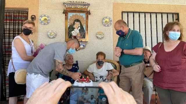 Brígida de Vega Revuelta ha cumplido los 100 años de edad en su pueblo natal, Cabañas de Yepes.