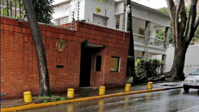 Fachada de la Embajada de España en Caracas.
