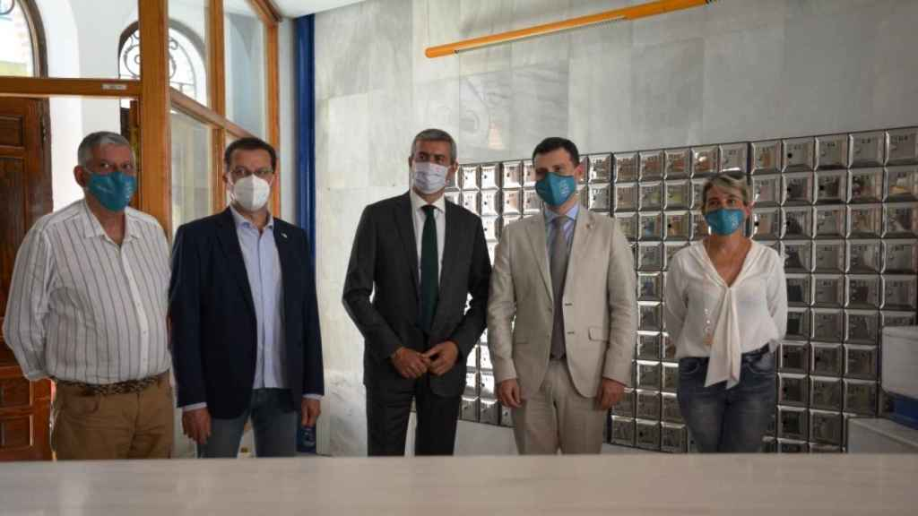 Visita de Álvaro Gutiérrez al ayuntamiento de Fuensalida