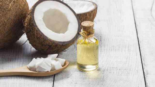 El aceite de coco, el aliado natural para ponerse moreno rápido