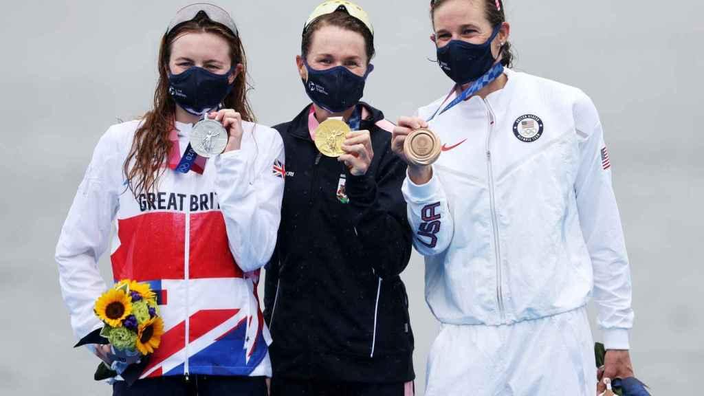 Flora Duffy, Taylor-Brown y Zaferes en el podio de la prueba de triatlón de los JJOO de Tokio 2020