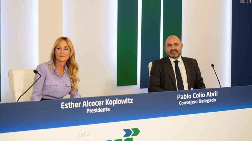 Esther Alcocer Koplowitz y Pablo Colio.