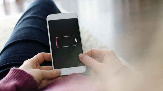 Estas son las increíbles formas de cargar tu teléfono móvil sin un cargador