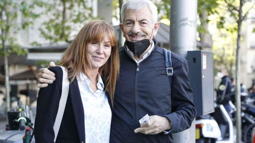 Carlos Sobera junto a su mujer en una imagen reciente.