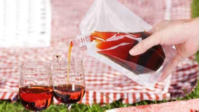 Descubre las ventajas de las bolsas de plástico reutilizables para bebidas y licores