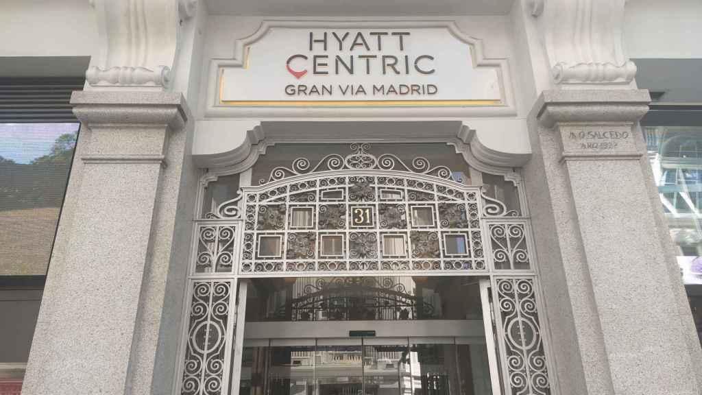 El hotel Hyatt Centric Gran Vía, situado en el número 31 de la citada calle.