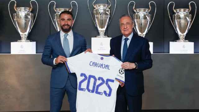 Dani Carvajal y Florentino Pérez, en el anuncio de su renovación