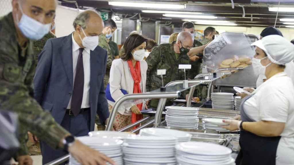 Interior de las cocinas de la base del Líbano.