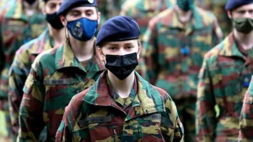 Elisabeth de Bélgica durante su formación.