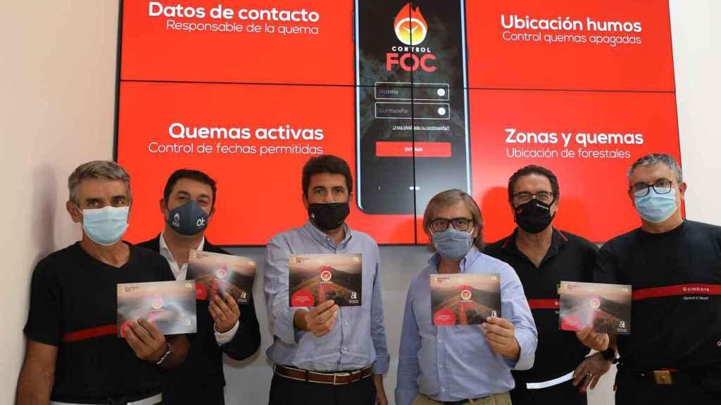 Carlos Mazón y Javier Sendra en la presentación de la app.