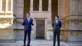 Pedro Sánchez, presidente del Gobierno, y Alfonso Fernández Mañueco, presidente de Castilla y León.