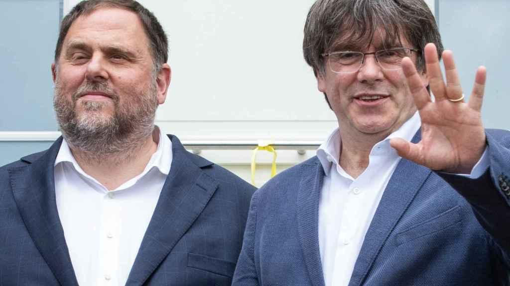 Carles Puigdemont y Oriol Junqueras en Waterloo.