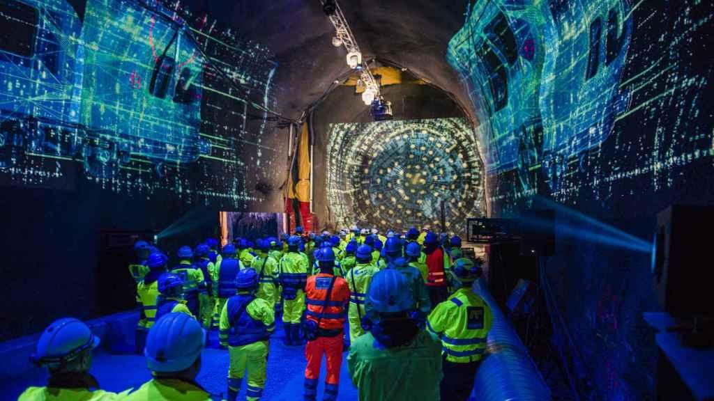 Túnel realizado por constructoras españolas.