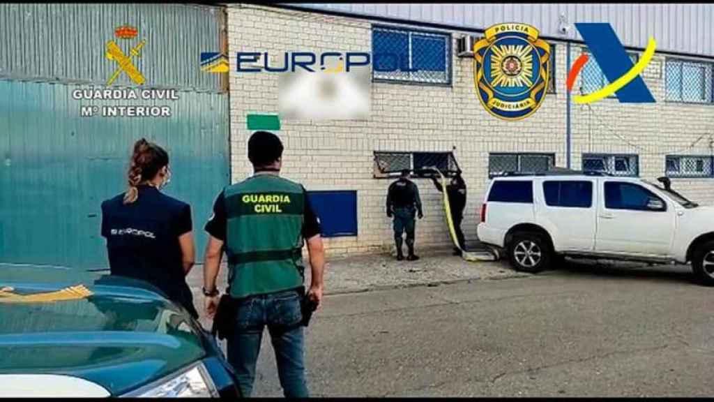 La Guardia Civil incauta en Gibraltar 15 toneladas de hachís y desmantela la organización delictiva
