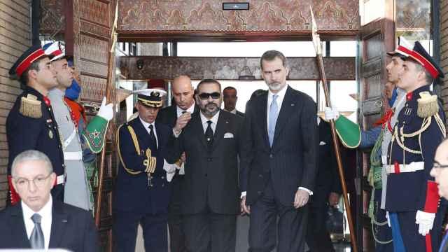 Felipe VI y Mohamed VI en una visita del monarca español a Marruecos en 2019.