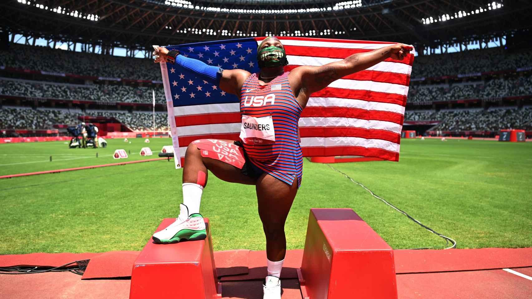 Raven Saunders, en los Juegos Olímpicos