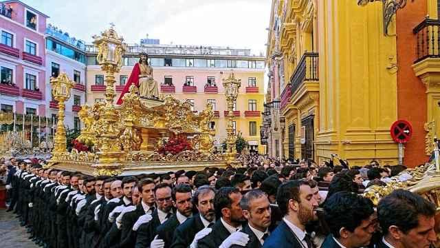 Una foto de la Cofradía de los Estudiantes de Málaga.