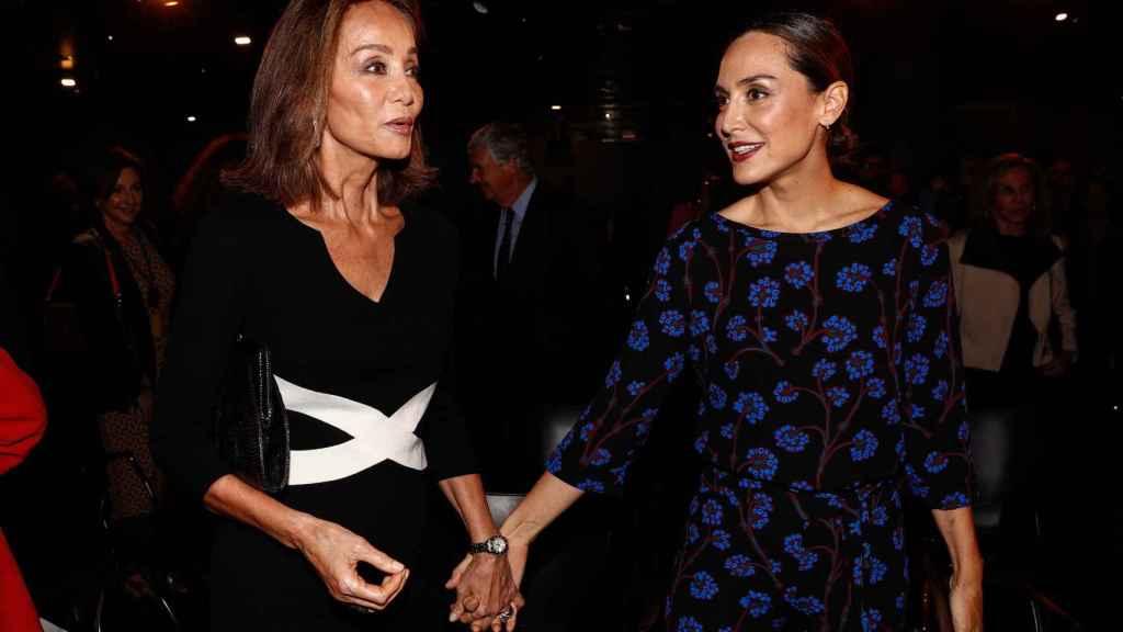 Tamara Falcó, junto a su madre, en una foto de archivo.