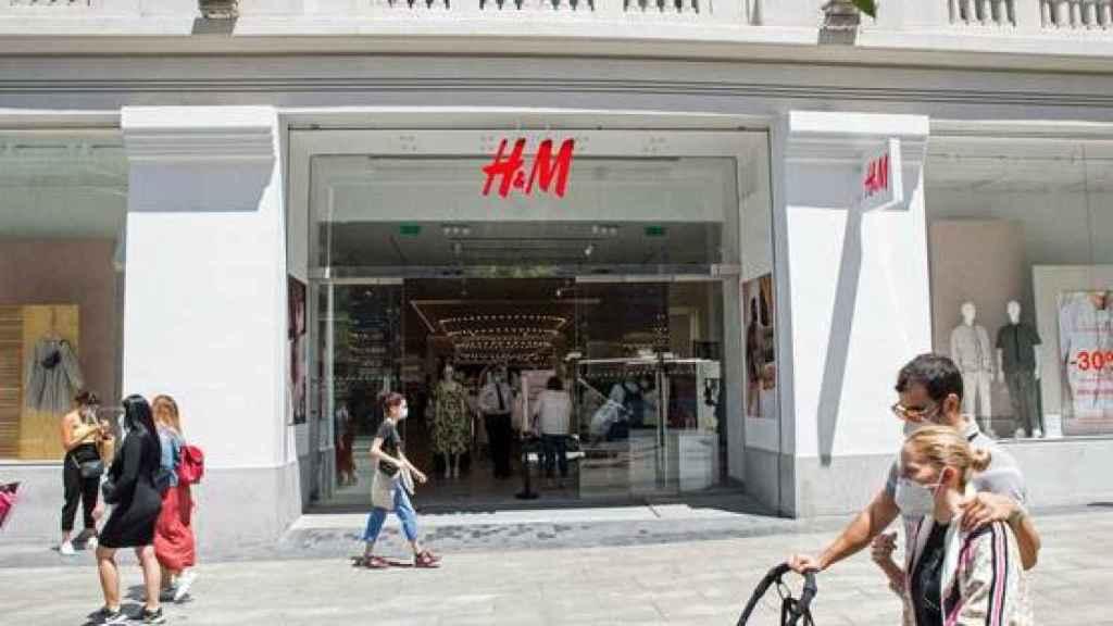 Pueta de H&M en la Gran Vía de Madrid.