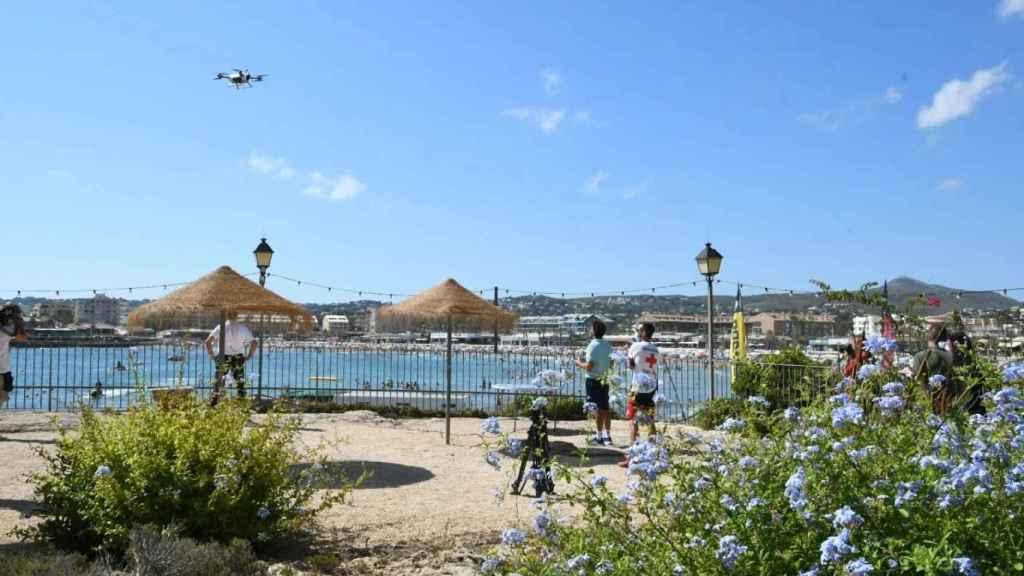La presentación del dron en Xàbia este martes.