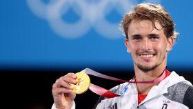 Zverev con el oro olímpico de Tokio 2020