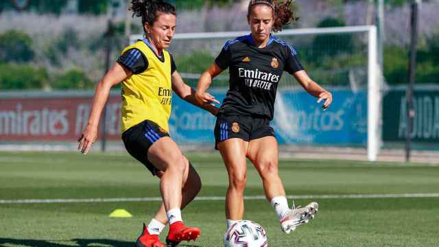 Ivana Andrés y Maite Oroz, en un entrenamiento del Real Madrid Femenino