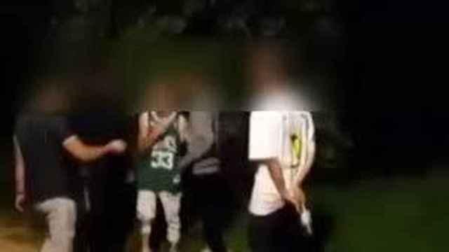 Varios de los jóvenes detenidos por la paliza a un chico de 23 años.