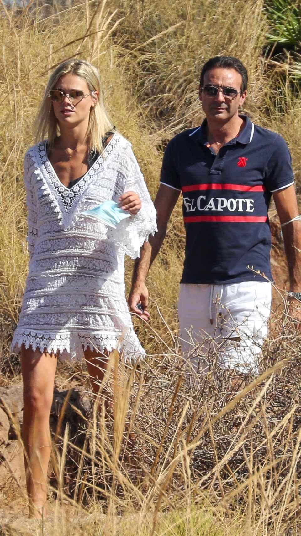 Enrique Ponce y Ana Soria en una imagen de archivo.