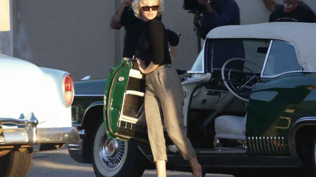 Ana de Armas, caracterizada en el rodaje de 'Blonde'.
