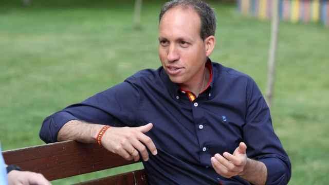 Daniel Arias.