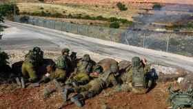 Soldados israelíes en la frontera con el Líbano.