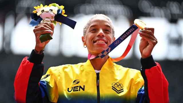 Las imágenes de la jornada del 5 de agosto de los JJOO: la medallista que dedica su oro al Barça